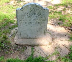 Tombstone of John Henry Mott, Jr., Tabernacle Campground Cem.