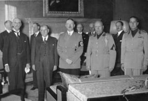 ChamberlainBundesarchiv_bild_183-r69173_munchener_abkommen_staatschefs